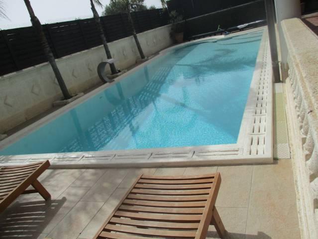 Villa in ottime condizioni arredato in affitto Rif. 7170591