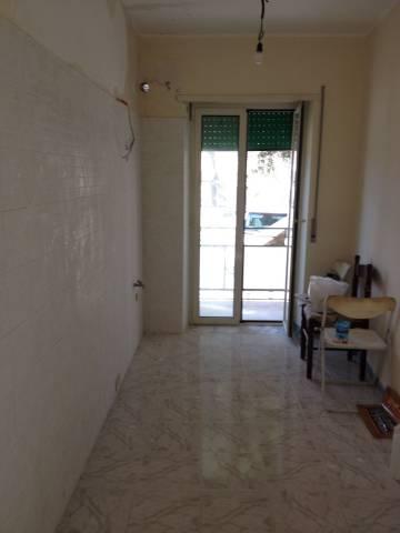 Appartamento in ottime condizioni arredato in vendita Rif. 7190963