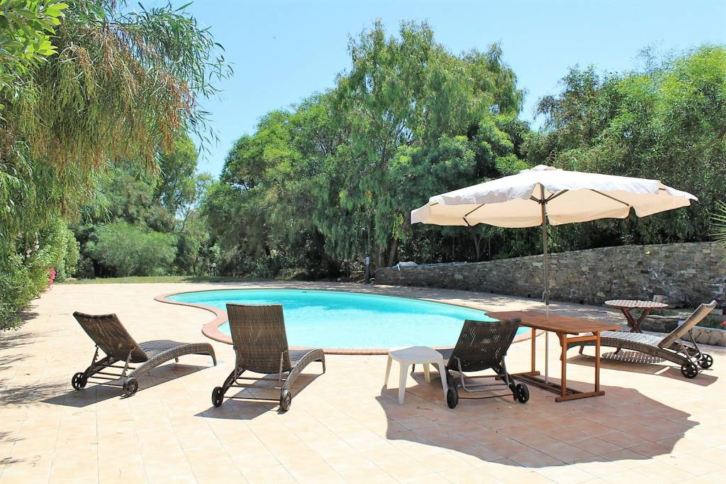 Villa in ottime condizioni in vendita Rif. 7186425