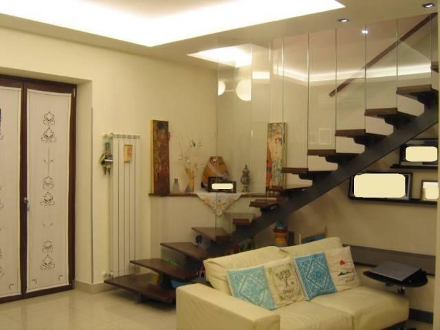 Appartamento in ottime condizioni in vendita Rif. 7186189