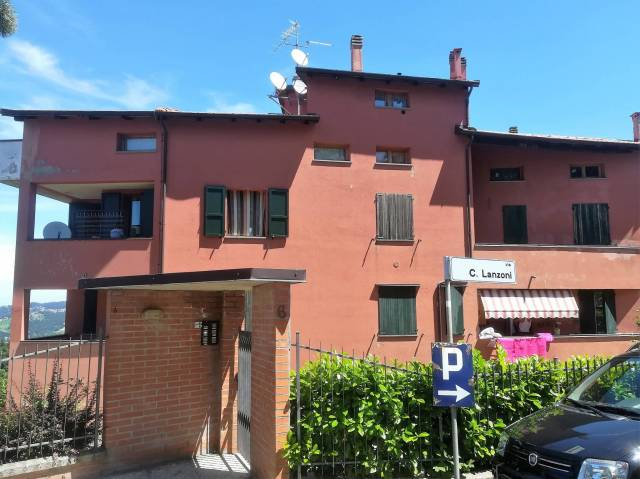 Appartamento in buone condizioni in vendita Rif. 7186925