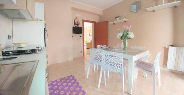 Appartamento in buone condizioni in vendita Rif. 7184568