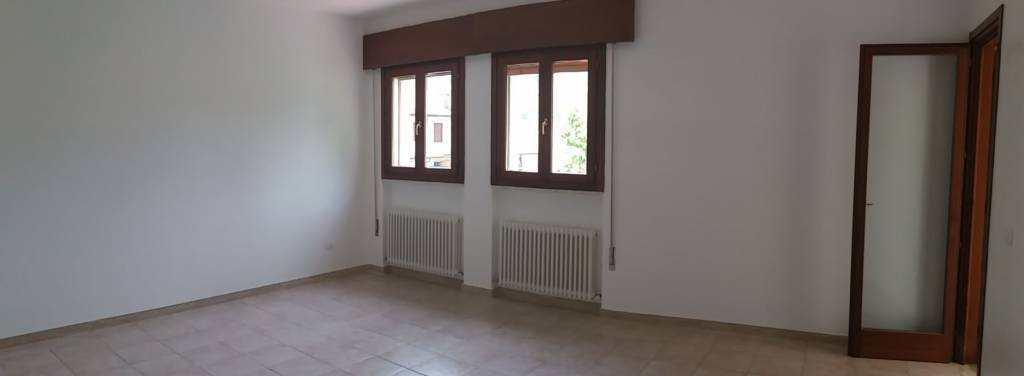 Appartamento in buone condizioni in vendita Rif. 7188039