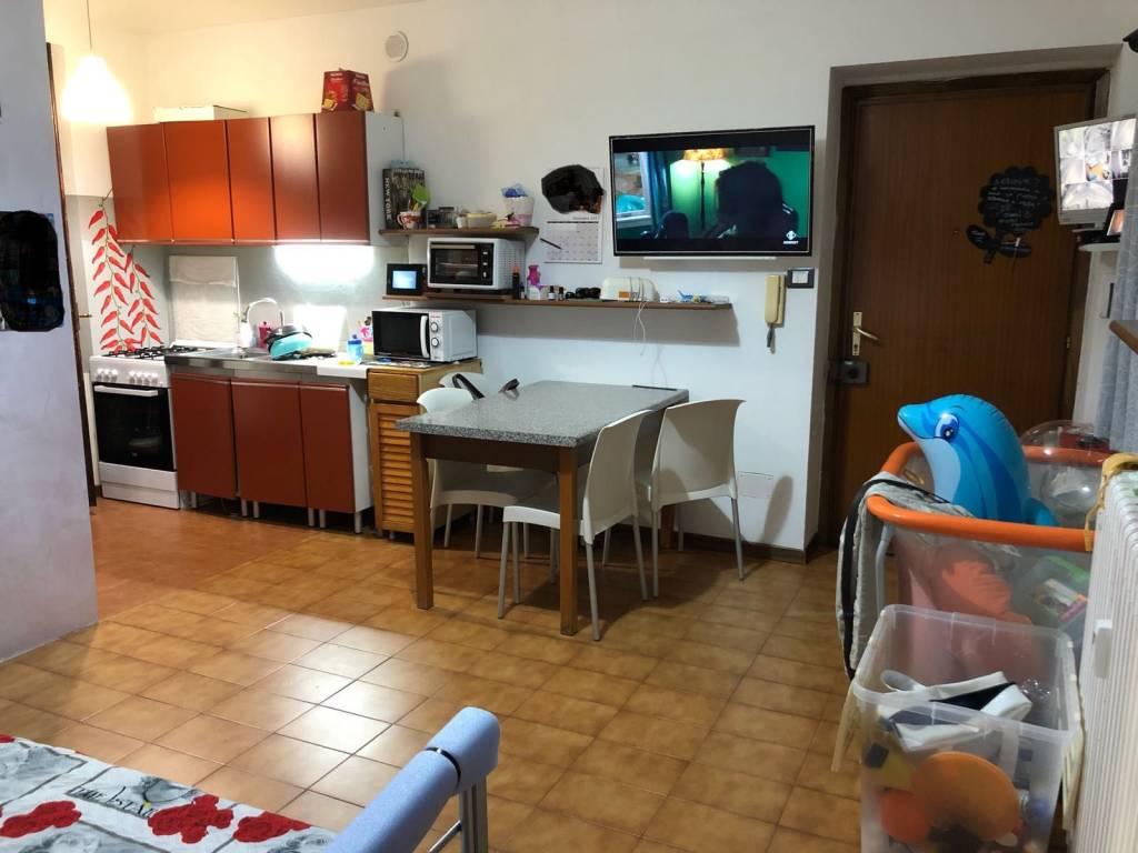 Appartamento in affitto a Asti, 2 locali, prezzo € 250 | CambioCasa.it