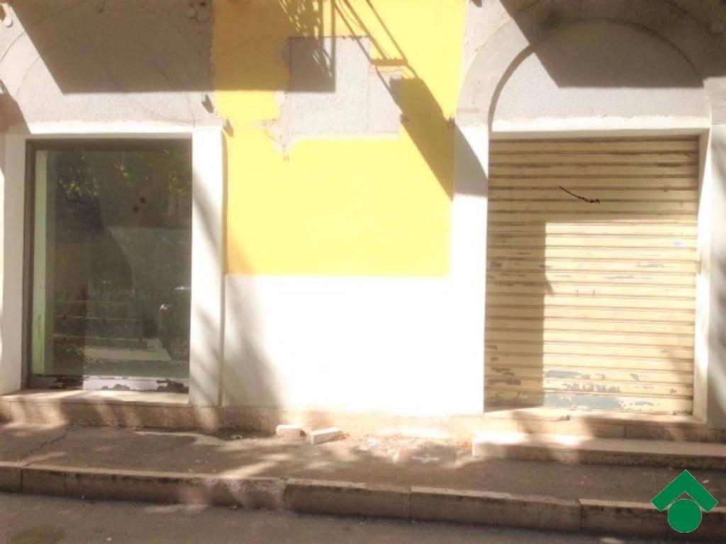 Centralissimo Corso Pietro Giannone Vicinanze Villa Comunale