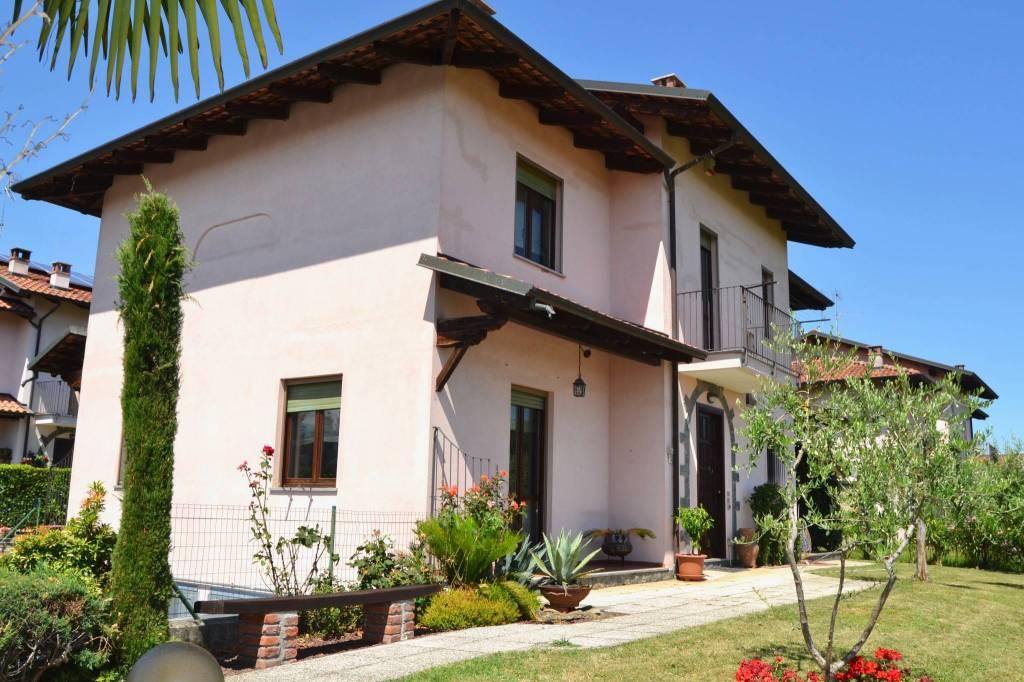 Villa in buone condizioni in vendita Rif. 7189569