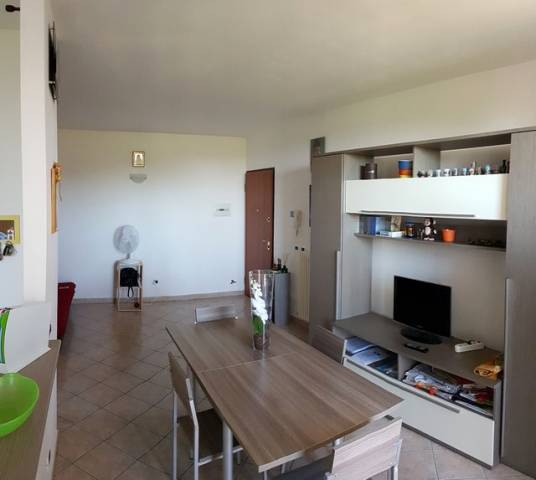 Appartamento in ottime condizioni in vendita Rif. 7187092