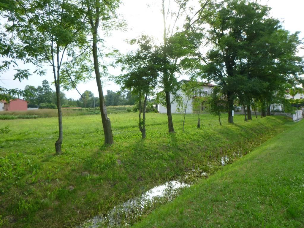 Terreno edificabile residenziale camino al tagliamento vendita