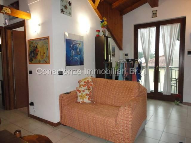 Appartamento in ottime condizioni arredato in affitto Rif. 7199323