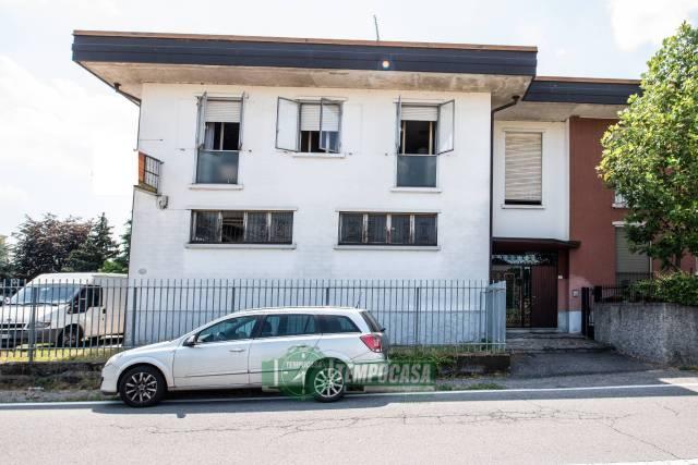Appartamento in buone condizioni in vendita Rif. 7202093