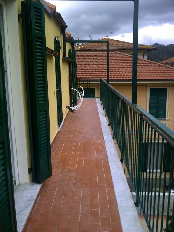 Casarza L. centralissimo,mansarda di nuova costruzione.