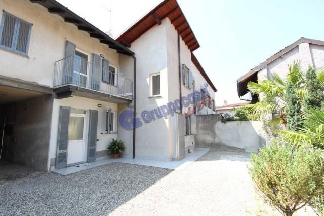 Appartamento in ottime condizioni in affitto Rif. 7199094