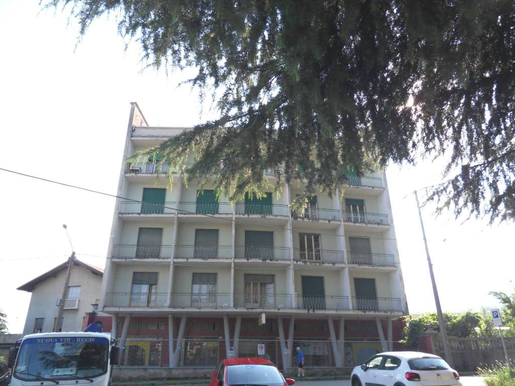 Appartamento in buone condizioni in vendita Rif. 7199274