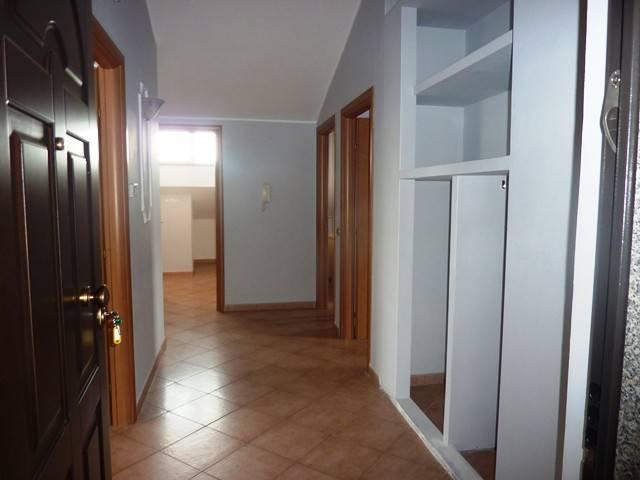Fittasi appartamento mansardato RIF L10