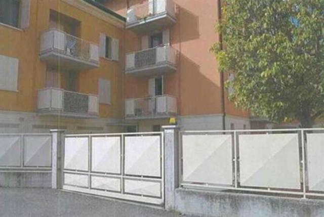 Appartamento in buone condizioni in vendita Rif. 7217661