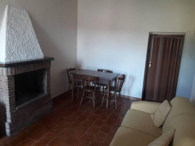 Appartamento parzialmente arredato in vendita Rif. 7218792
