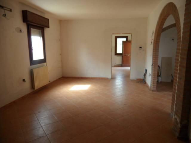 Villa da ristrutturare in vendita Rif. 7213413