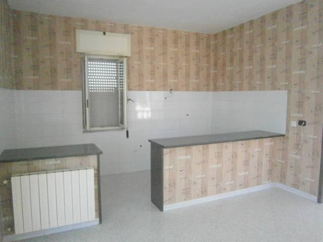Appartamento in ottime condizioni in affitto Rif. 7215814