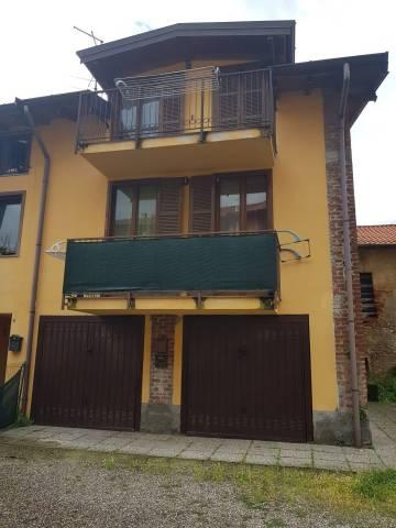 Appartamento in buone condizioni in vendita Rif. 7215733