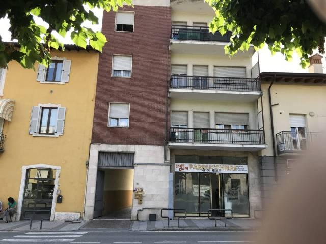 Appartamento in buone condizioni arredato in affitto Rif. 7216638