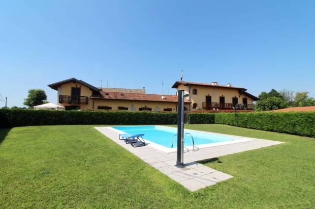 Appartamento in ottime condizioni in vendita Rif. 5294394
