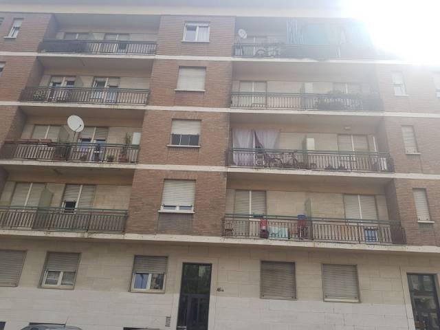Appartamento in buone condizioni in affitto Rif. 7213500