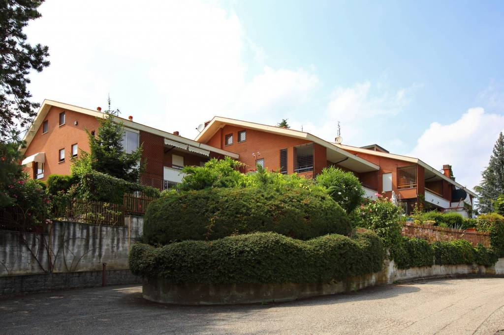Appartamento in buone condizioni in vendita Rif. 7227190