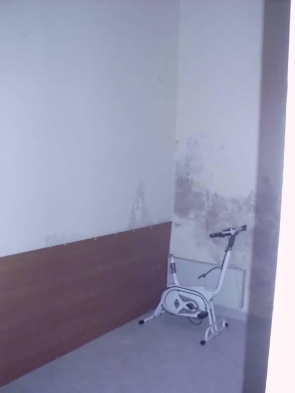 Appartamento da ristrutturare in vendita Rif. 8469284