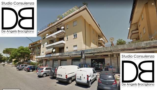 Appartamento in buone condizioni parzialmente arredato in vendita Rif. 7070548