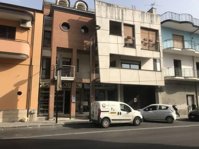 Appartamento in ottime condizioni in affitto Rif. 7227015