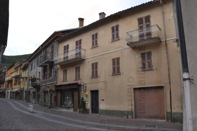 Garessio, fabbricato centrale Borgo Poggiolo