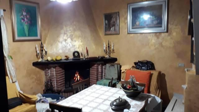 Appartamento in buone condizioni in vendita Rif. 7226531