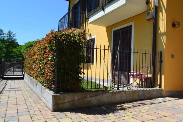 Appartamento in ottime condizioni parzialmente arredato in affitto Rif. 7226244