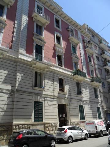 Appartamento in buone condizioni in affitto Rif. 7241200