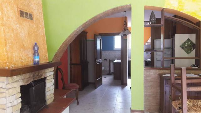 Appartamento in buone condizioni in vendita Rif. 7235800