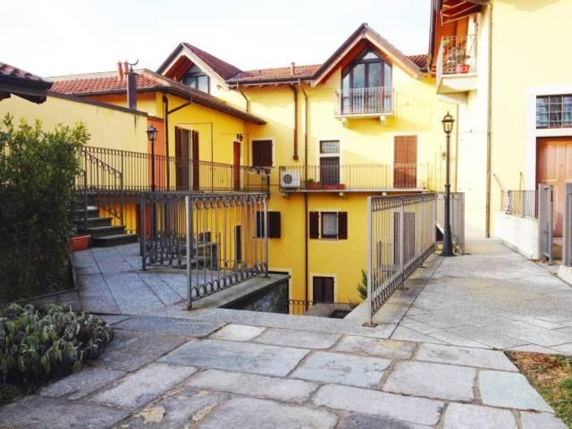 Appartamento in ottime condizioni arredato in vendita Rif. 7244912