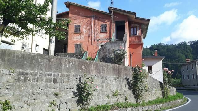 Soluzione Indipendente in vendita a Beverino, 5 locali, prezzo € 50.000 | CambioCasa.it