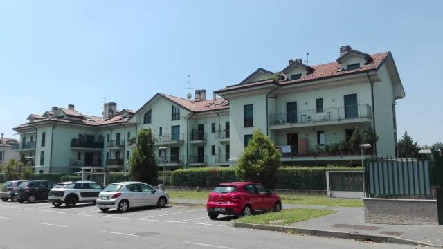 Appartamento in ottime condizioni arredato in vendita Rif. 7160707