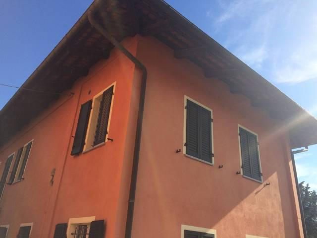 Appartamento in affitto a Arignano, 2 locali, prezzo € 320 | CambioCasa.it