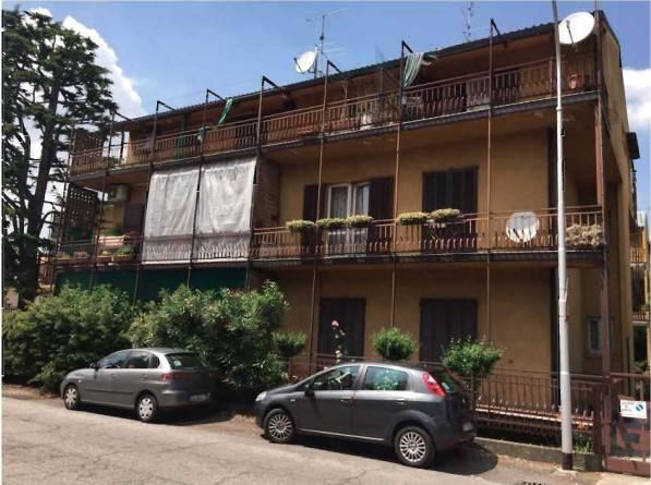 Appartamento in buone condizioni in vendita Rif. 7245611