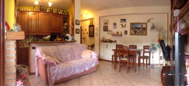 Appartamento in buone condizioni in vendita Rif. 7240987