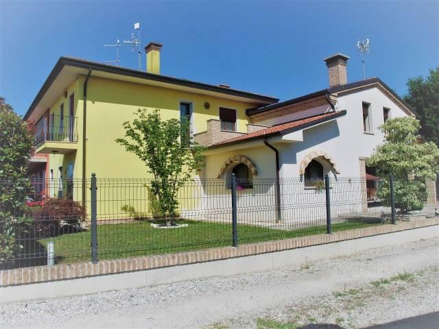 Casa Indipendente in ottime condizioni in vendita Rif. 7243094