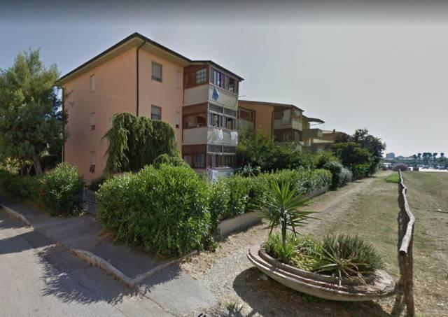 Appartamento in buone condizioni in vendita Rif. 7245529