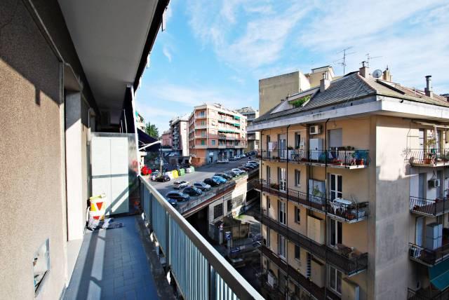 Appartamento in buone condizioni parzialmente arredato in affitto Rif. 7243113