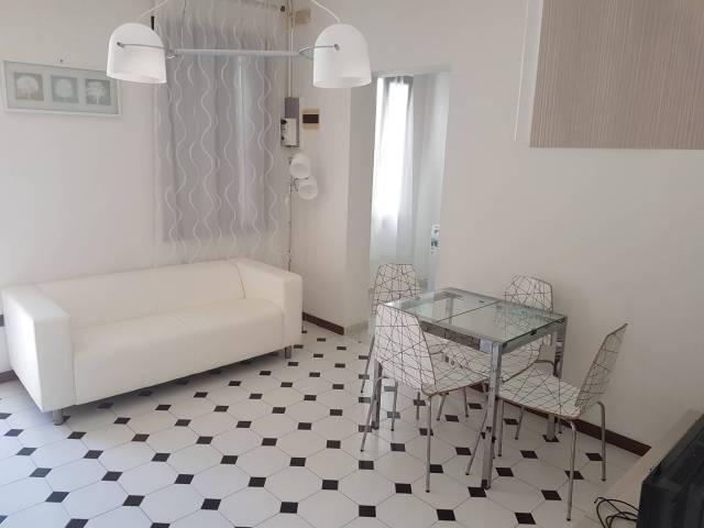 Appartamento in buone condizioni arredato in affitto Rif. 7241444