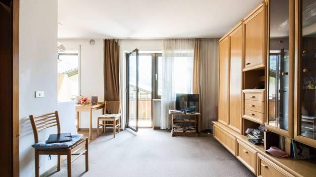 Appartamento in buone condizioni in vendita Rif. 7244784