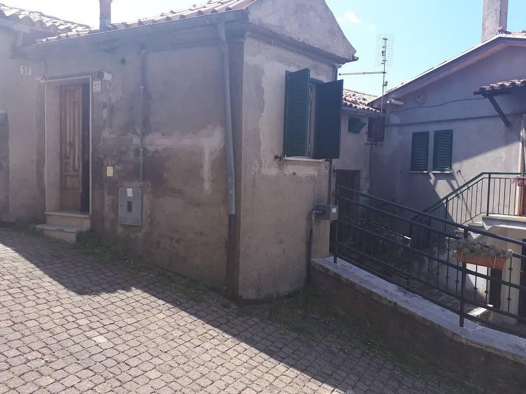 Casa Indipendente in buone condizioni parzialmente arredato in vendita Rif. 8256668