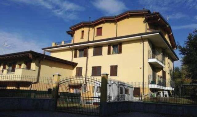 Appartamento in buone condizioni in vendita Rif. 7252331