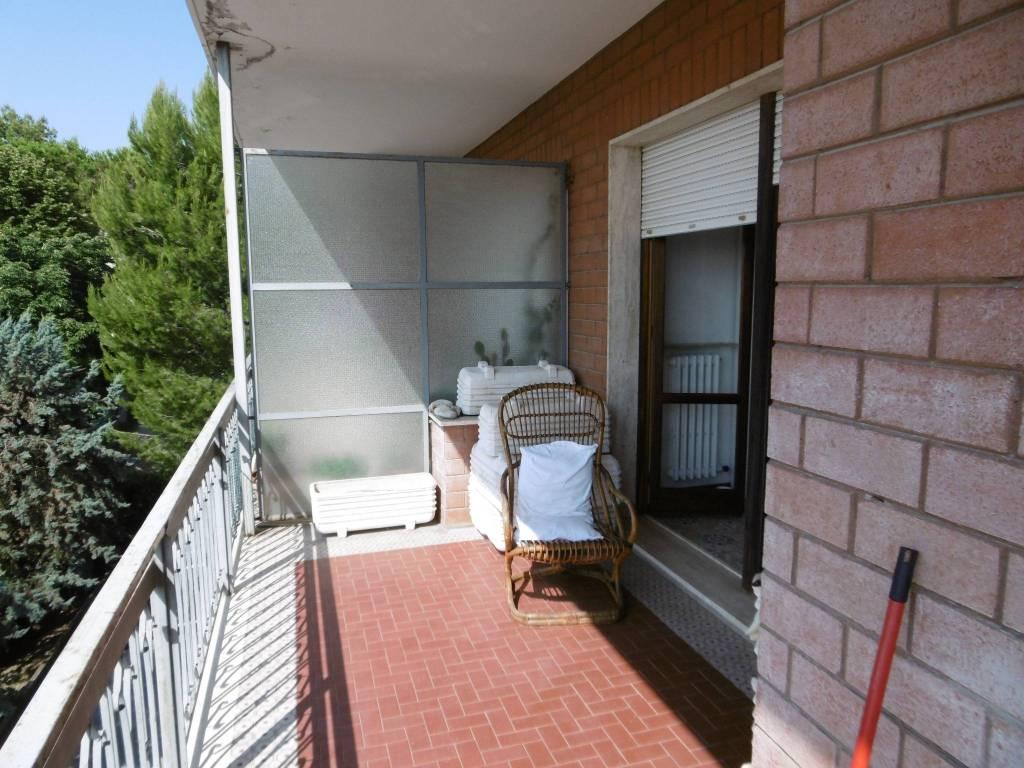 Appartamento in buone condizioni in vendita Rif. 7251852