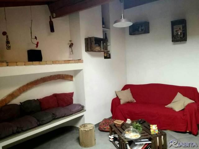 Appartamento in Affitto a Piacenza Centro: 2 locali, 80 mq